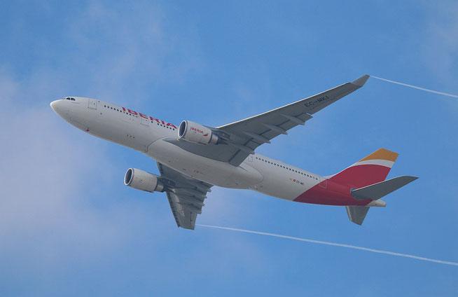 """A 330-302  """" EC-MKI """"  Iberia -2"""
