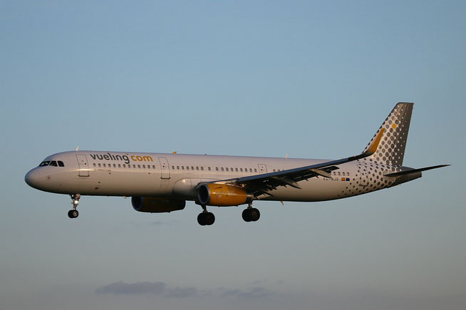 """A321-231 (W) """" EC-MJR """"  Vueling Airlines -1"""