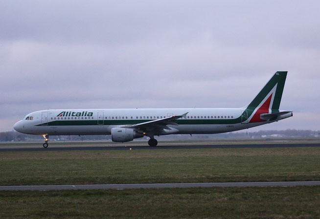 """A 321-112 """" I-BIXL """"  Alitalia -1"""