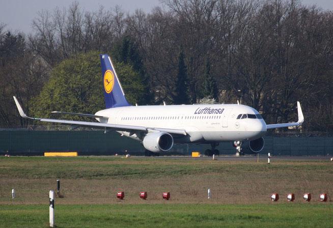 """A 320-214/W  """" D-AIUV """"  Lufthansa -1"""