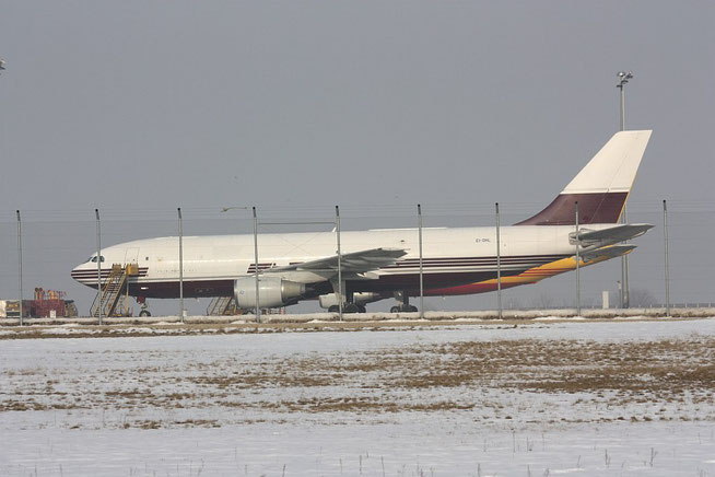 A300 EI-DHL-1