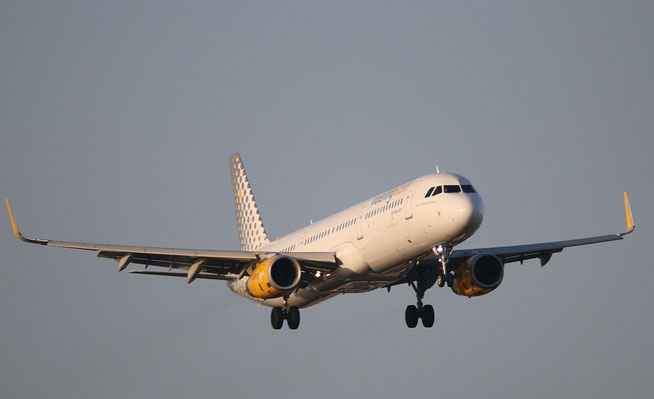 """A321-231 (W) """" EC-MLD """"  Vueling Airlines -1"""