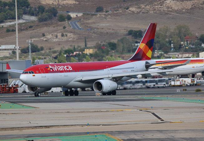 """A 330-243  """" N975AV """"  Avianca -1"""