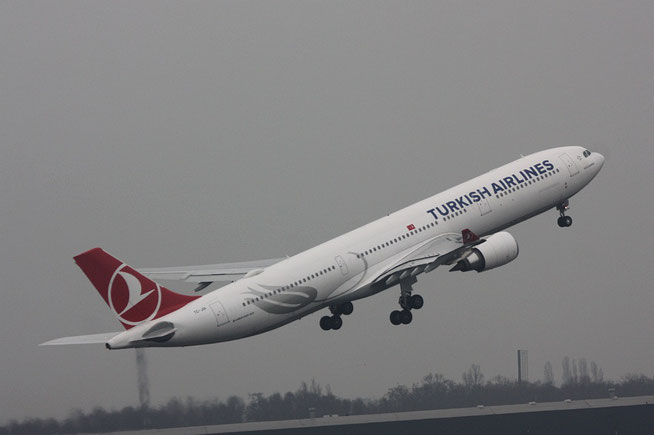 "A 330-303  "" TC-JOI "" Turkish Airlines -1"