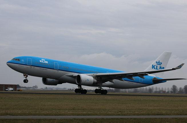 A330 PH-AOA-1