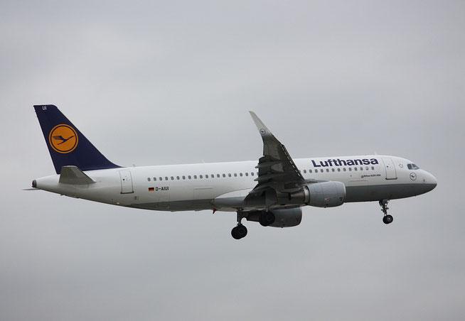 """A 320-214/W  """" D-AIUI """"  Lufthansa -1"""