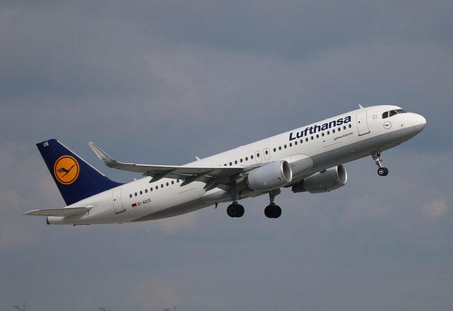 "A 320-214/W  "" D-AIUS ""  Lufthansa -1"