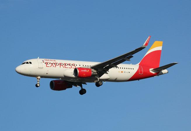 """A 320-216  """" EC-LYM """"  Iberia Express -2"""