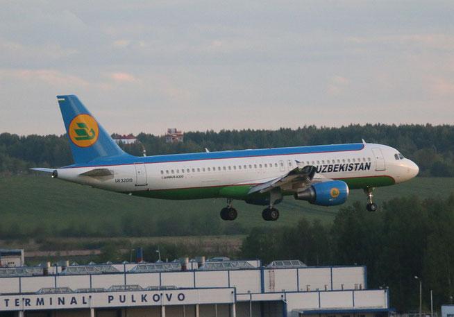 """A 320-214  """" UK32019 """"  Uzbekistan Airways -1"""