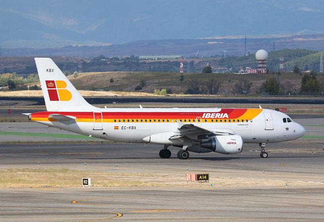 """A 319-111  """" EC-KBX """" Iberia -3"""