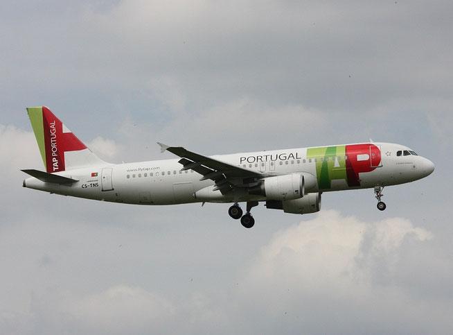 A320 CS-TNS-2