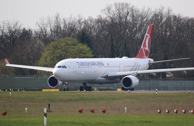 "A 330-303  "" TC-JOG "" Turkish Airlines -2"