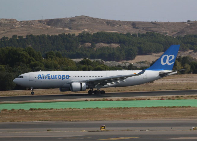 "A 330-202  "" EC-KTG "" Air Europa -3"