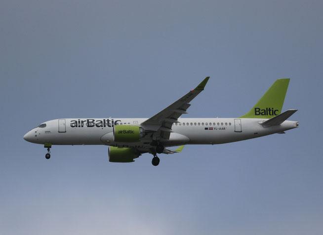 """A 220-300  """" YL-AAR """"  Air Baltic -2"""