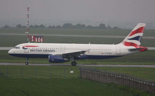 A320 G-EUUM-1