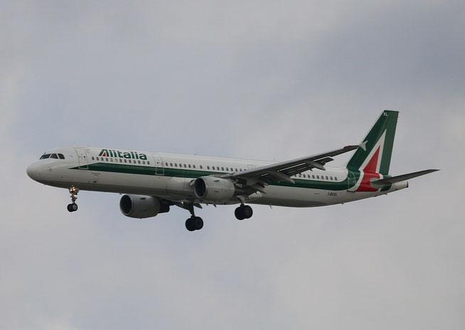 """A 321-112 """" I-BIXL """"  Alitalia -2"""