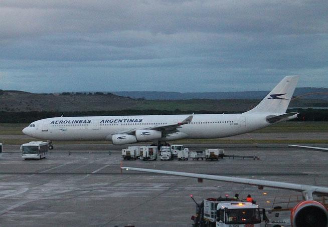"""A 340-312  """" LV-CEK """"  Aerolineas Argentinas -1"""