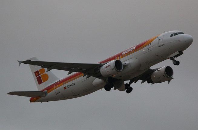 A320 EC-LVD-2