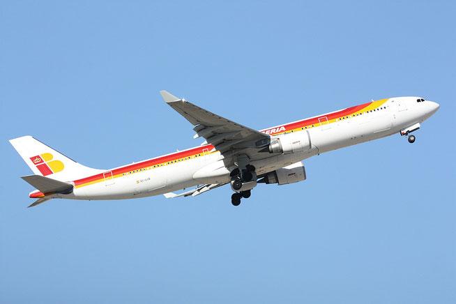 """A 330-302 """" EC-LUB """"  Iberia -2"""