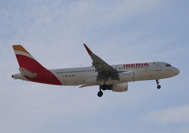 "A 320-214/W  "" EC-MDK "" Iberia -2"