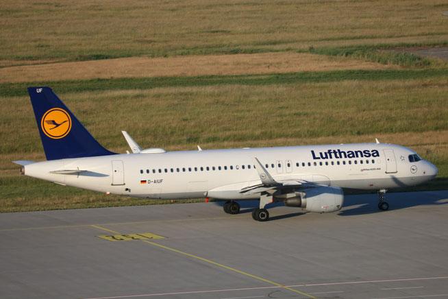"""A 320-214/W  """" D-AIUF """"  Lufthansa -2"""