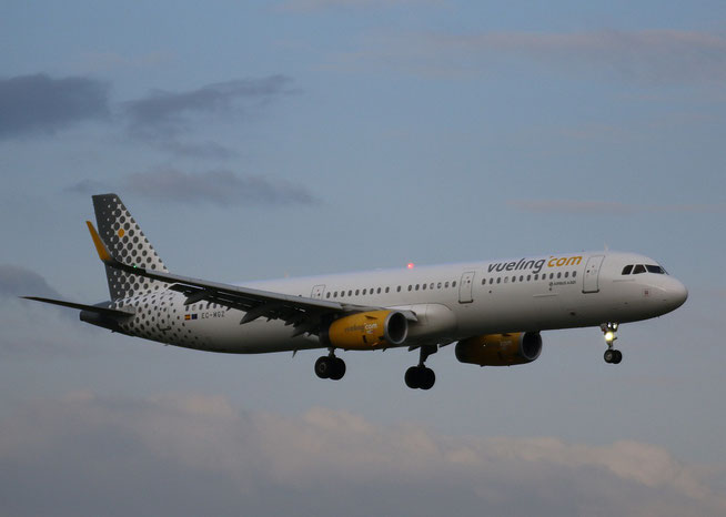 "A321-231 (W) "" EC-MGZ ""  Vueling Airlines -2"
