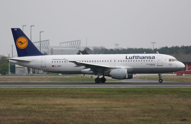 """A 320-211  """" D-AIPR """"  Lufthansa -1"""