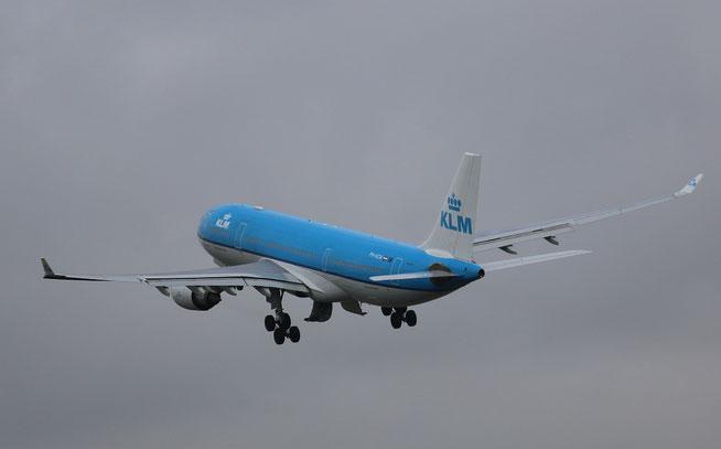 A330 PH-AOA-2