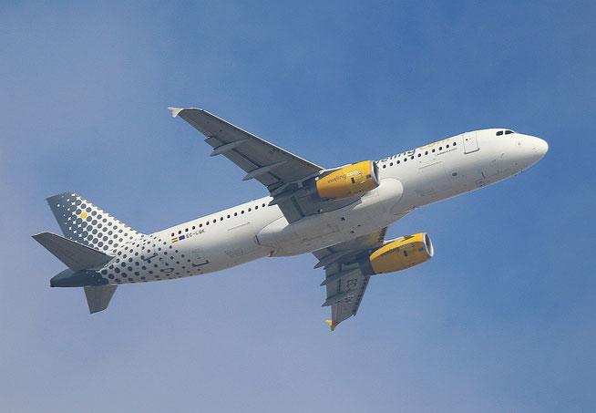 "A 320-232 "" EC-LQK "" Vueling Airlines -2"