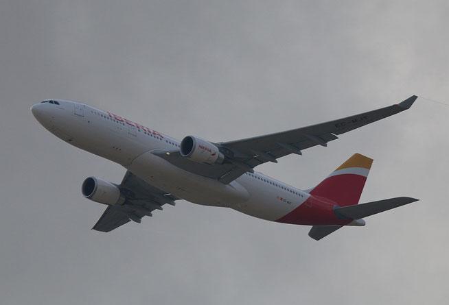 """A 330-302  """" EC-MJT """"  Iberia -1"""