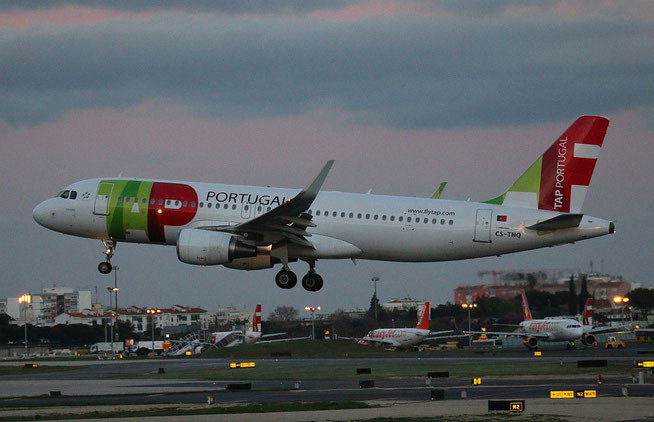 "A 320-214 /WL "" CS-TNQ "" TAP-Air Portugal -3"