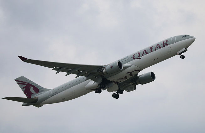 "A 330-302  "" A7-AEJ "" Qatar Airways -2"