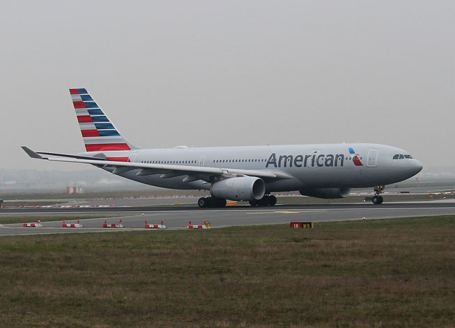 "A 330-243  "" N287AY "" American Airlines -1"