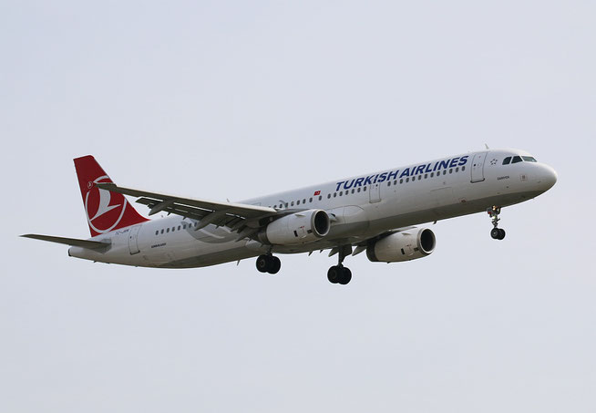 "A 321-231 "" TC-JRN ""  Turkish Airlines -1"