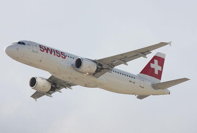 """A 320-214  """" HB-IJB """"  Swiss -1"""