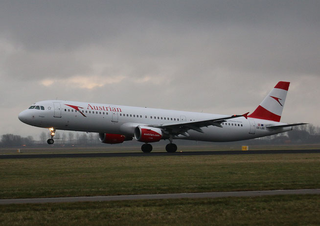 "A 321-111  "" OE-LBB ""  Austrian Airlines -1"