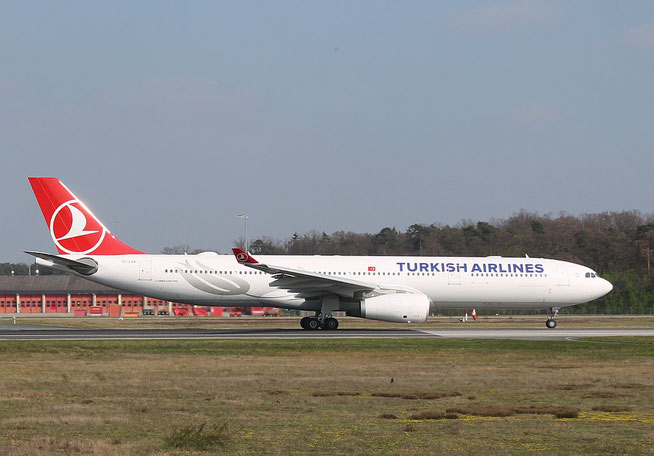 """A 330-343  """" TC-LOA """" Turkish Airlines -2"""