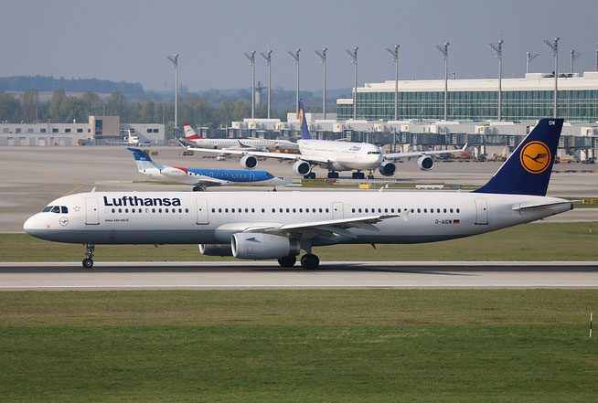 "A 321-231  "" D-AIDW ""  Lufthansa -1"