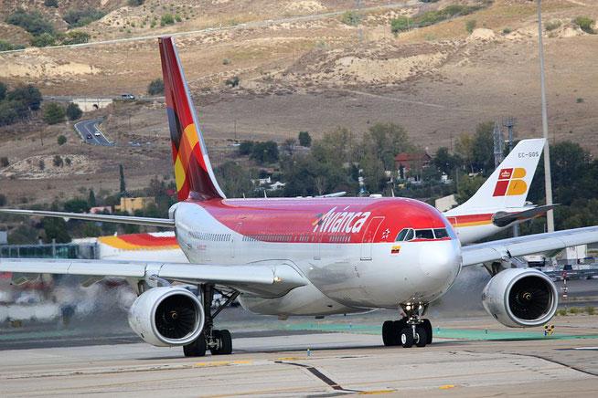 """A 330-243  """" N975AV """"  Avianca -2"""