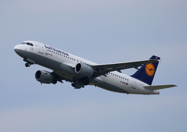 """A 320-211  """" D-AIPE """"  Lufthansa -2"""
