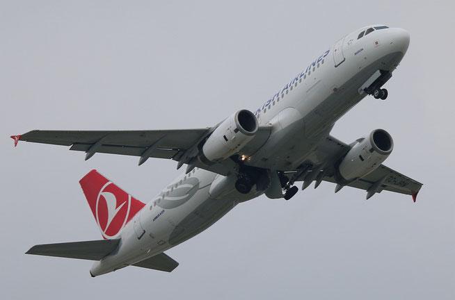 """A 320-232  """" TC-JPN """" Turkish Airlines -2"""