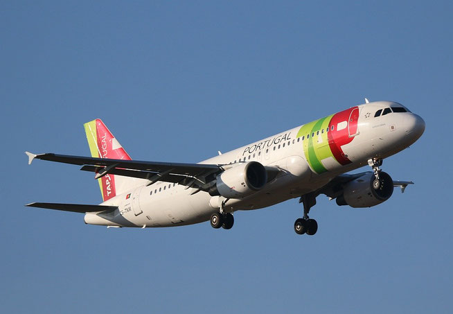 A320 CS-TNM-2