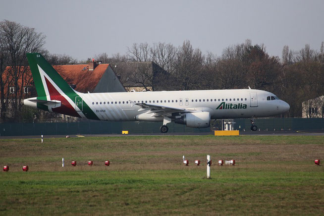 "A 320-216  "" EI-DSX "" Alitalia -1"
