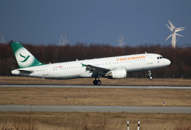 "A 320-214  "" TC-FHY ""  Freebird Airlines -1"