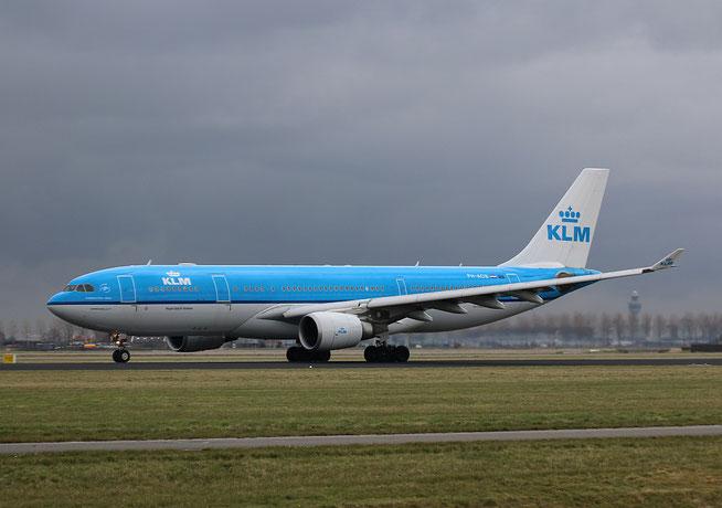 "A 330-203  "" PH-AOB "" KLM Royal Dutch Airlines -1"