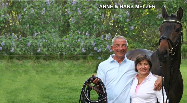 Anne & Hans Melzer - zwei passionierte Reiter, für die das Wohl der Pferde an oberster Stelle steht.