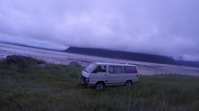 Toyota VW-Bus Lofoten Wild-Campen Norwegen