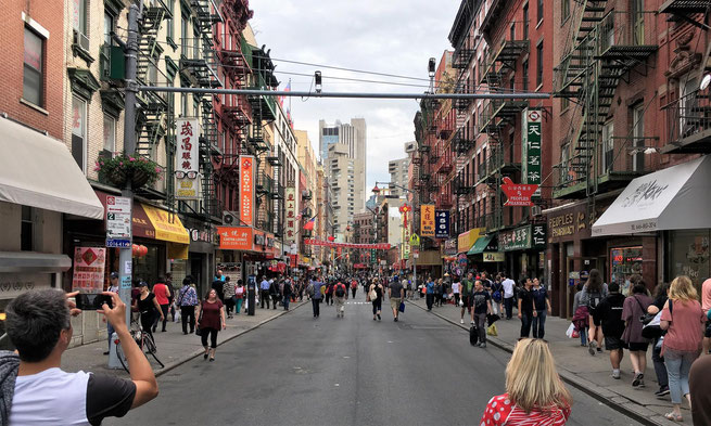 freaky finance, freaky travel, China Town in New York