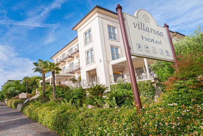 Elegantes Hotel am Seeufer