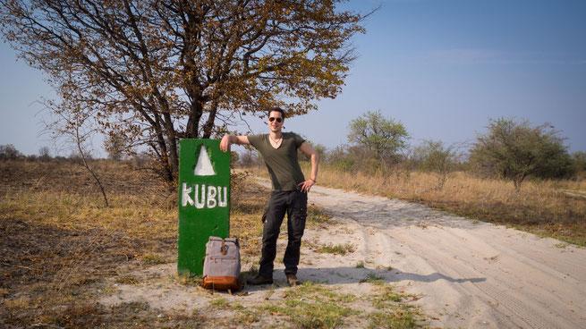 the backpack und ich auf dem weg nach kubu island in botswana, einem der places to be...